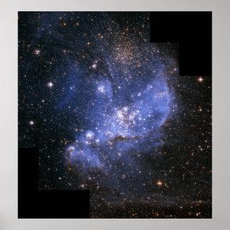 Estrellas del niño en la pequeña nube de Magellani Póster