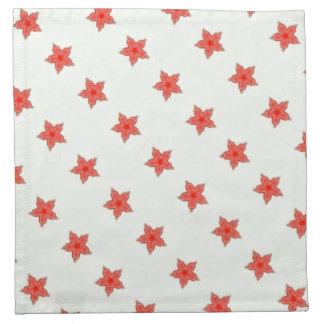 estrellas del rojo en las servilletas blancas