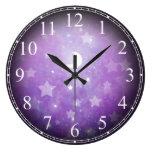 Estrellas del sueño y reloj celestiales de la luna