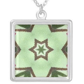 Estrellas del verde en fondo verde colgante cuadrado