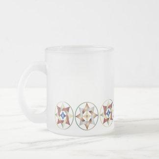 Estrellas en círculos que hacen juego el sistema - taza de café