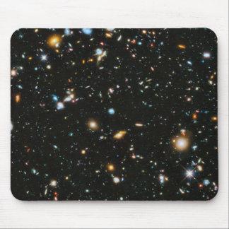 Estrellas en el espacio - campo ultra profundo de alfombrilla de ratón