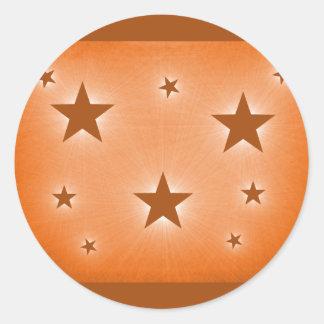 Estrellas en los pegatinas del cielo nocturno, etiquetas redondas