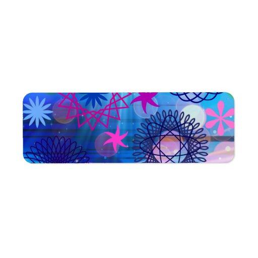 Estrellas intrépidas coloridas y diseño enrrollado etiqueta de remitente