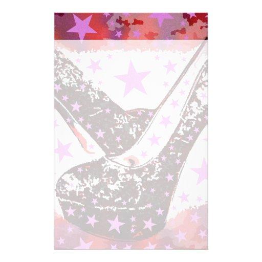 Estrellas púrpuras rosadas atractivas fabulosas de papeleria de diseño