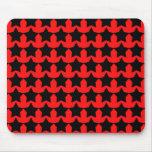 Estrellas rojas y negras punkyes tapetes de raton