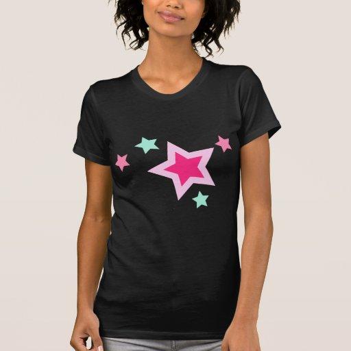 Estrellas rosadas del verde amarillo en negro camiseta