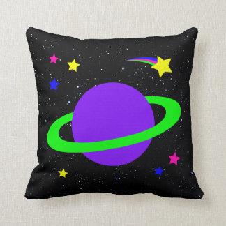 Estrellas y almohada de tiro del planeta