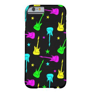 Estrellas y guitarras funda de iPhone 6 barely there