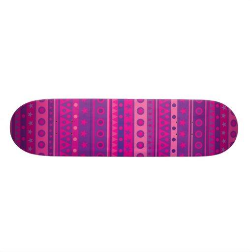 Estrellas y modelo rayados púrpuras y rosados de l patineta personalizada