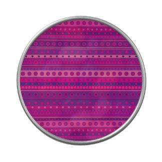 Estrellas y modelo rayados púrpuras y rosados de latas de dulces