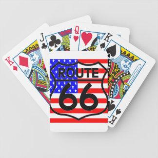 Estrellas y rayas 2 del escudo de la ruta 66 de la baraja de cartas
