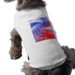 Estrellas y rayas cinco camisa de perrito