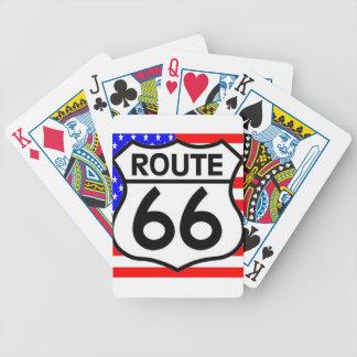 Estrellas y rayas del escudo de la ruta 66 de la b baraja cartas de poker