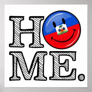 Estreno de una casa haitiano sonriente de la póster