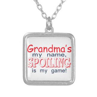 Estropeo de la abuela colgante cuadrado