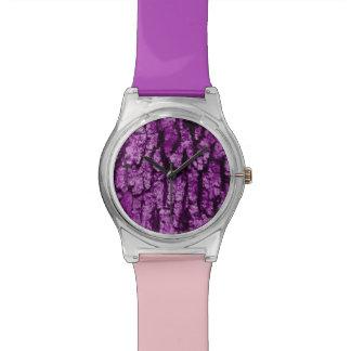 estructura de la corteza de árbol, púrpura relojes