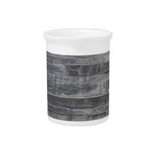 Estructura de piedra jarra de beber