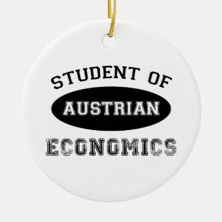 Estudiante de la economía austríaca adorno navideño redondo de cerámica