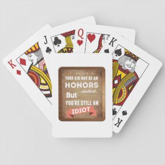 Estudiante de los honores cartas de póquer