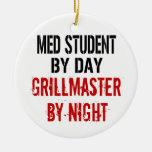 Estudiante Grillmaster del MED Ornatos