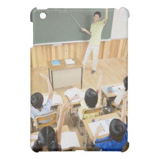 Estudiantes de la escuela primaria en la escuela