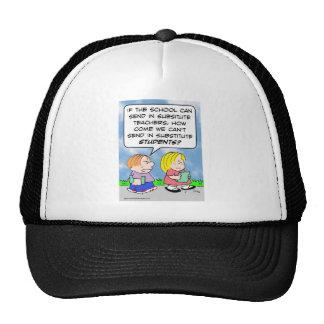 estudiantes de los profesores sustituto de la escu gorra