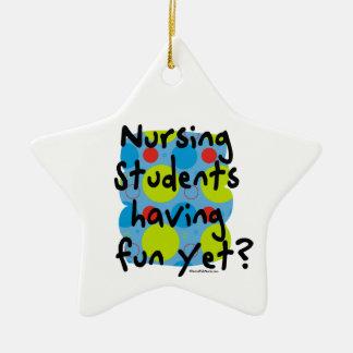 ¿Estudiantes del oficio de enfermera que se Adorno
