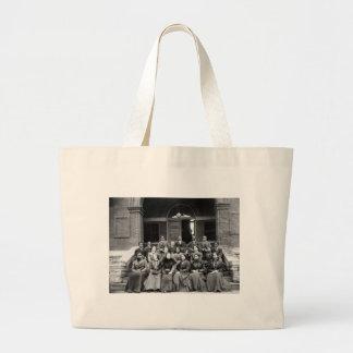 Estudiantes universitarios de Fisk: 1899 Bolsa Tela Grande