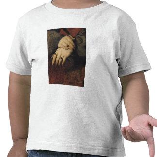 Estudio de las manos de una mujer camiseta