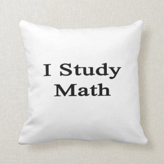 Estudio matemáticas almohadas