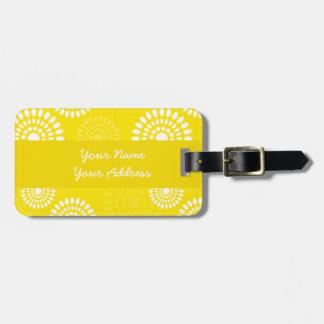Etiqueta amarilla del equipaje de las flores del etiquetas de equipaje