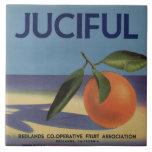 Etiqueta anaranjada del cajón de Juciful Azulejo