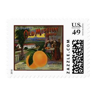 Etiqueta anaranjada del cajón de la vieja misión timbre postal