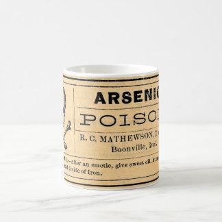 Etiqueta arsénica del veneno del vintage taza básica blanca