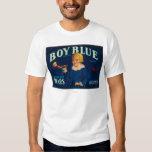 Etiqueta azul del cajón de la pera del muchacho camisas