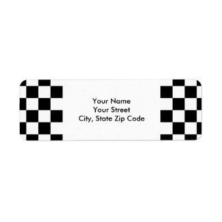Etiqueta blanco y negro a cuadros del remite etiqueta de remitente