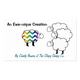 Etiqueta colgante de las ovejas del arco iris de C Plantillas De Tarjetas Personales