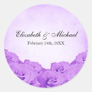 Etiqueta color de rosa púrpura del favor del boda