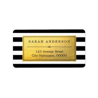 Etiqueta con clase del oro y rayas blancas negras etiqueta de dirección