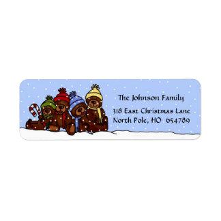Etiqueta de 4 del oso navidad de la familia en etiqueta de remitente