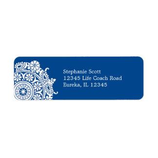 Etiqueta de Avery del azul blanco real del ornamen Etiquetas De Remite