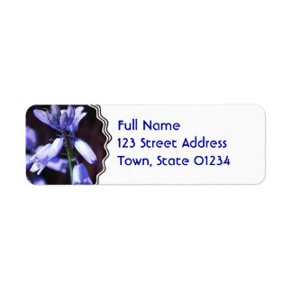 Etiqueta de correo azul del remite de las flores etiqueta de remite