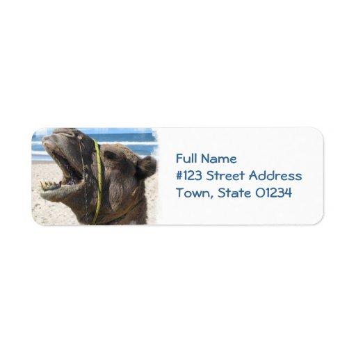 Etiqueta de correo del camello del desierto etiquetas de remite