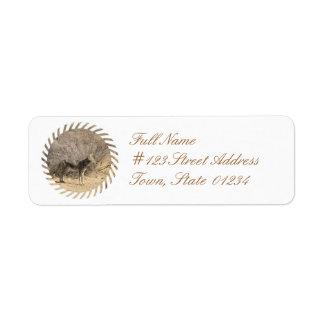 Etiqueta de correo del remite del diseño del etiqueta de remitente