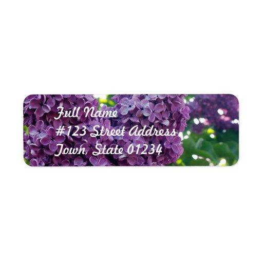Etiqueta de correo púrpura de las lilas etiquetas de remite