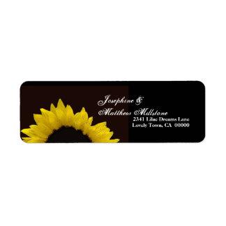 Etiqueta de dirección amarilla del boda del