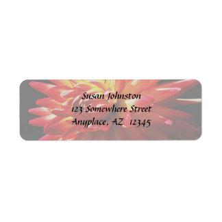 Etiqueta de dirección amarilla roja de la flor de