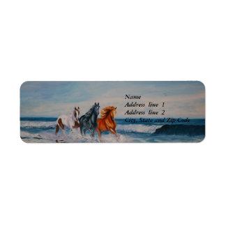 Etiqueta de dirección, caballos en la resaca etiqueta de remite