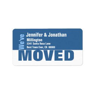 Etiqueta de dirección de encargo moderna azul y